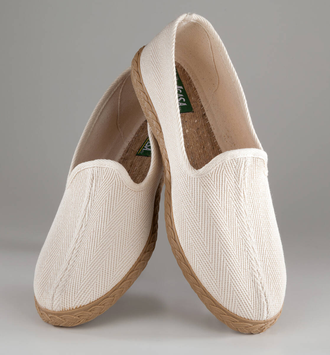 slip on shoes made of canvas beige in various sizes uk